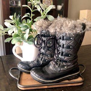 Sorel Tofino Snow Boots in Black